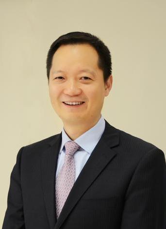 2012年11月至今任中盈优创资讯科技有限公司董事,现任其董事长;2014年